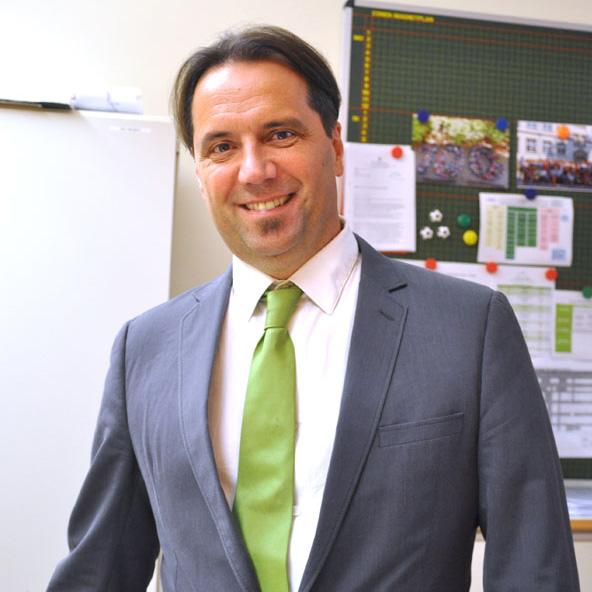 Klaus Kühn  - Schulleiter der Pestalozzischule