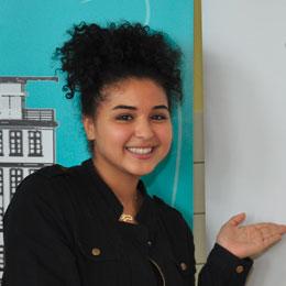 Nisrine Kheira Bentoumia - 9. Klasse, 16 Jahre, Schülerin der Bachschule Offenbach