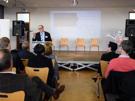 Eröffnung der Strahlemann Talent Company - Bachschule Offenbach: Franz Josef Fischer