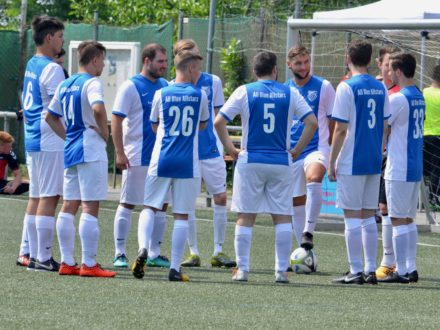 Das Jäger direkt Team beim 7. Strahlemann Firmen-Fußballcup 2018