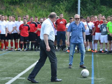 Bundestagsabgeordnete Dr. Michael Meister und Franz-Josef Fischer eröffnen feierlich das Turnier