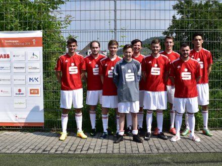 Das Team der Sparkasse Starkenburg beim 7. Strahlemann Firmen-Fußballcup 2018