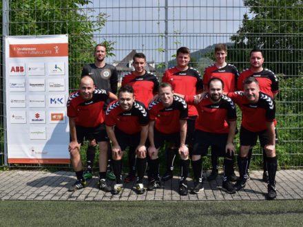 Das Team der KLN Ultraschall AG beim 7. Strahlemann Firmen-Fußballcup 2018