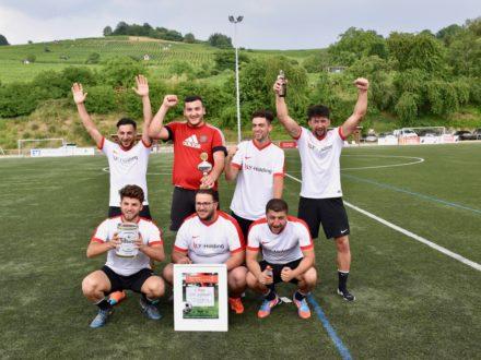 Die Sieger des 7. Strahlemann Firmen-Fußballcup 2018, das Team der LY Holding