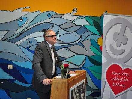 Franz-Josef Fischer hält eine Rede anlässlich der Eröffnung der 31. Talent Company