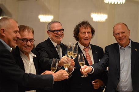 """Jubiläumsfeier """"10 Jahre Strahlemann-Stiftung"""" – Geschäftsführender Vorstandsvorsitzender F.-J. Fischer zum Botschafter der Bergstraße ernannt"""