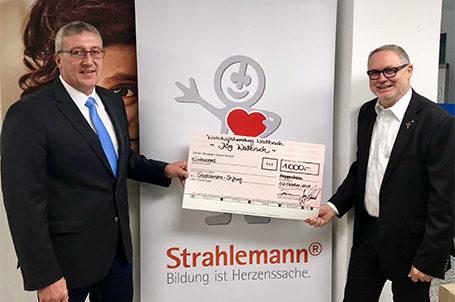 Spende von 1.000 € für die Strahlemann-Projekte