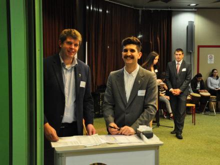 Die Strahlemann Mitarbeiter Matthias Rettig und Tim Vogl bei der Eröffnung der Talent Company in Bad Mergentheim