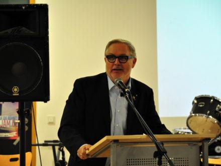 Franz-Josef Fischer bei der Feier zum einjährigen Bestehen der Talent Company Bachschule Offenbach
