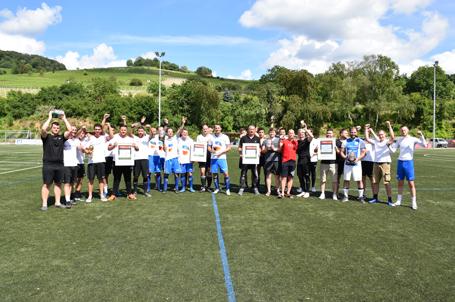 Teilnehmer des 8. Strahlemann Benefiz-Fußballcup 2019 – Teamwork für Bildung und Integration