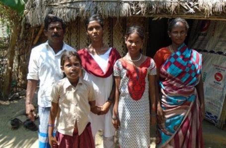 Lakshmi: Die junge Frau besuchte regelmäßig den Unterricht mit viel Freude und Enthusiasmus und träumt seitdem davon, Krankenschwester zu werden