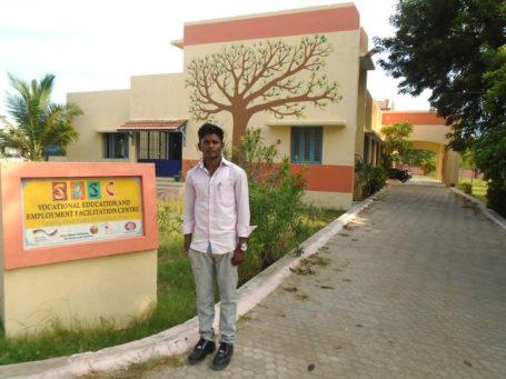 Manikandan*, 20 Jahre, einer der Absolventen des Mechanik-Kurses