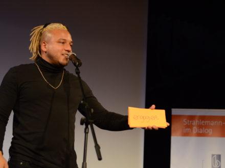 Strahlemann-Stifter im Dialog 2019 - Rapper Rico von Heartbeat