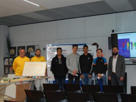 Einblicke in den Malerbetrieb - Gruppenbild der Workshopteilnehmer