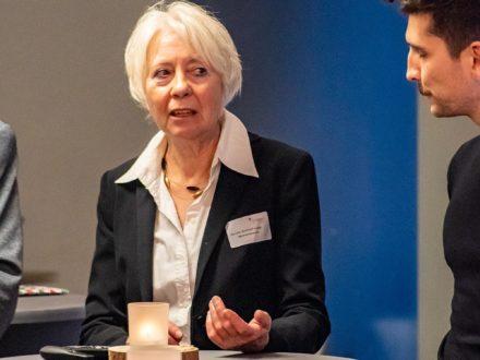 Frau Kirchhoff-Lange und Matthias Rettig von der Strahlemann Stiftung