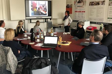 """""""Runder Tisch"""" mit Ausbildungsbetrieben – Integration der Eltern in die Berufsorientierung"""