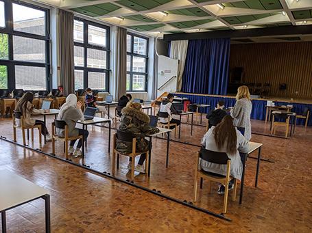 """""""Homeschooling"""" für alle – durch die Aula an der HvH-Schule in Berlin wird es möglich"""