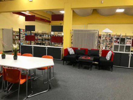 Workshop-Bereich und Lounge-Ecke der Talent Company an der OSW in Kassel