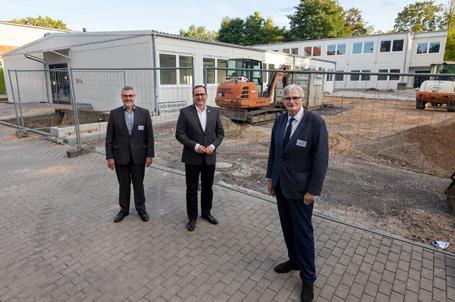 Eröffnung der Talent Company in der Gesamtschule Essen Nord mit Schulleiter Wolfgang Erdmann und Oberbürgermeister Thomas Kufen